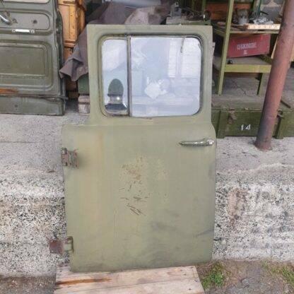 dver kabiny levaya demontazh zil
